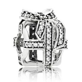 Pandora All Wrapped Up, Silver Charm