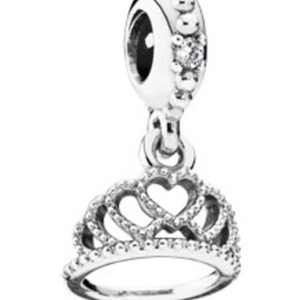 Pandora Hearts Tiara Charm