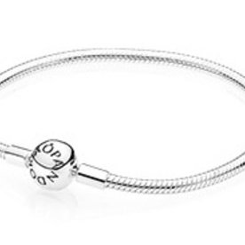 Pandora Smooth Bracelet, Size 17