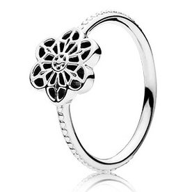 Pandora Floral Daisy Lace Ring, Size 7
