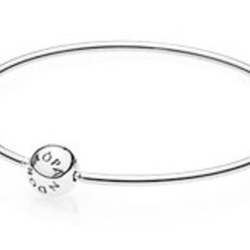 Pandora Essence Bangle, 18cm