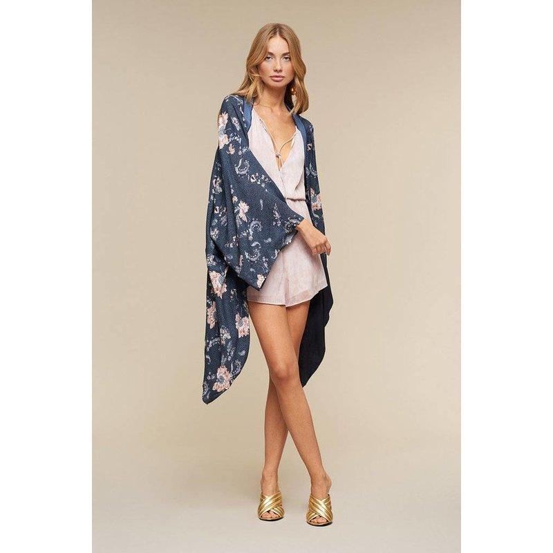 Iman Kimono