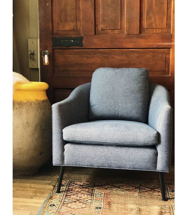 CISCO BROTHERS DAPPER CHAIR FEATHER CLOUD<br />