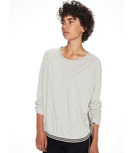 MAISON SCOTCH LOOSE FITTED SWEATSHIRT W/CONTRAST RIBBING