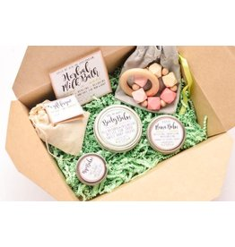Wandering Mom New Mama Gift Box - Girl