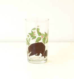 Everyday Great for a juice, water, or a tasty cocktail, this glass features a bear and two cubs surrounded by a vine of flowers.