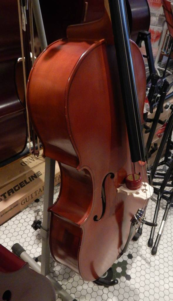 Engelhardt-Link Engelhardt E110 Cello 4/4 w/Gig Bag & Bow