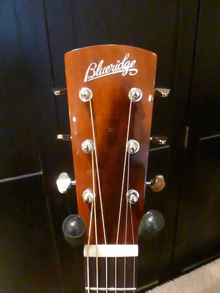 Blueridge 140A Mahogany W/Case