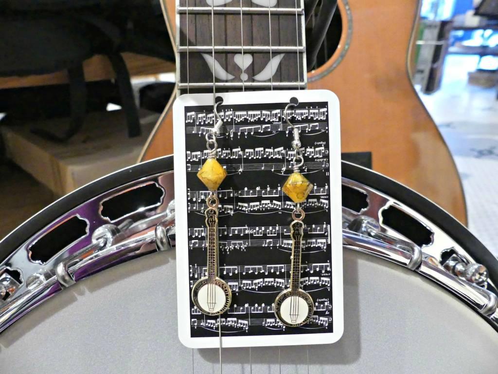 Banjo Earrings Yellow Marbalized Beads