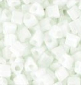 8 GM Toho Triangle 11/0 : Opaque White (APX 550 PCS)