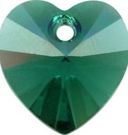 2 PC 10mm Swarovski Heart Pendant : Emerald