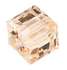 4 PC 8mm Swarovski Cube : Silk