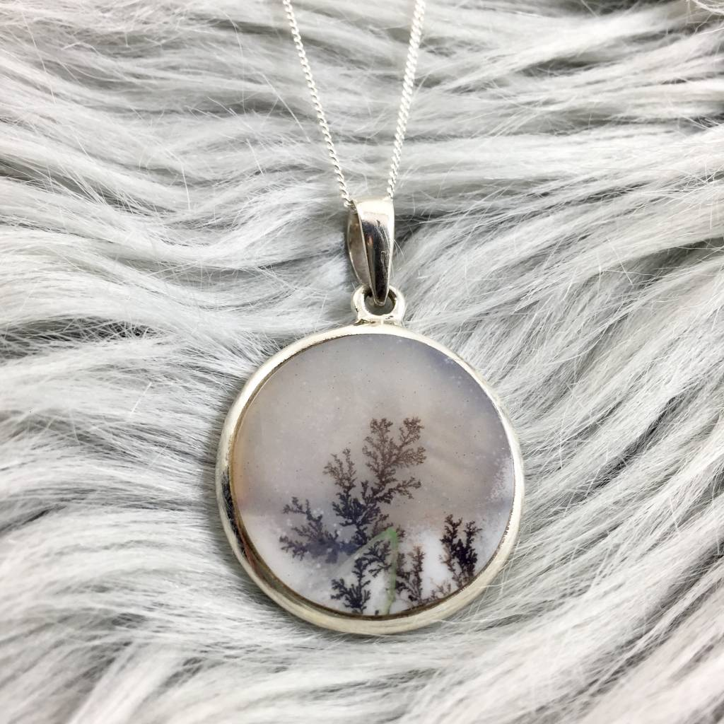 """Dendritic Agate 26mm Round Pendant on 18"""" Chain"""