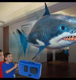 WMC Toys AIR SWIMMER SHARK