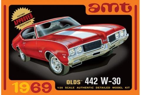 Plastic Kits AMT (new) 1:25 1969 Olds W-30 442 Car