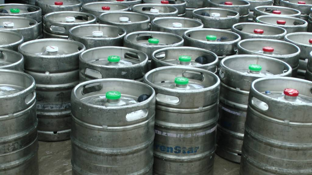 What Equipment Do I Need to Set Up a Keg?