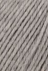 Universal Yarn Deluxe Worsted Superwash 749 Smoke Heather