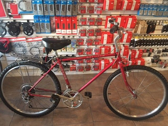 JRA BICYCLE COMPANY USED SCHWINN MESA RUNNER MENS MEDIUM