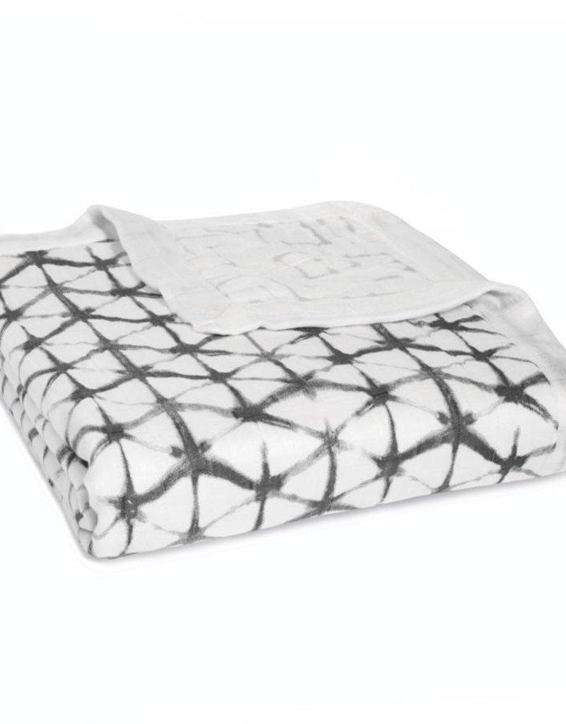 Pebble Shibori Silky Soft Dream Blanket