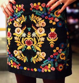 Boho Floral Embroidered Skirt w Zipper