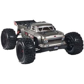 AR106032 2018  1/8 Outcast 6S Stunt Truck 4WD Silver