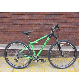 "REDLINE REDLINE D 610 29er MTB Bicycle 17"" Black/Green"