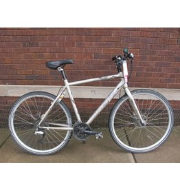 "Used Trek X600 Navigator 22"" Hybrid Bike"
