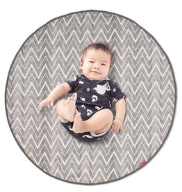 Skip Hop Grab and Go Round trip travel mat in Grey zig zag