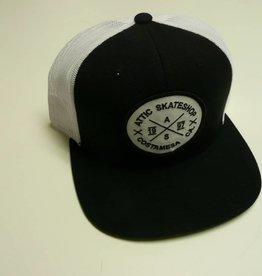 ATTIC ATTIC Trucker Mesh Snapback Hat - Black/White