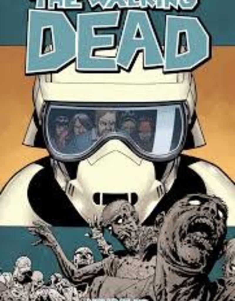 IMAGE COMICS WALKING DEAD TP VOL 30 NEW WORLD ORDER