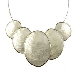 ORIGIN 5 Piece Oval Capiz Necklace