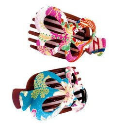Annie-KimonoClips Butterfly Kimono Clip by Annie Loto