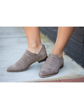 Chinese Laundry Chinese Laundry Danika Suede Bootie