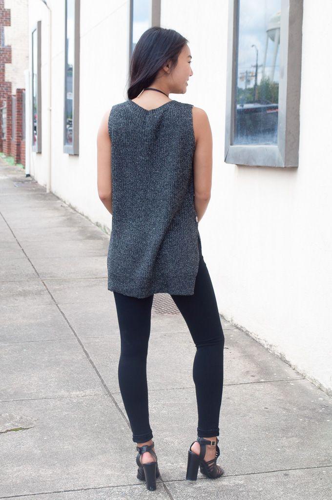 Button Side Sleeveless Sweater