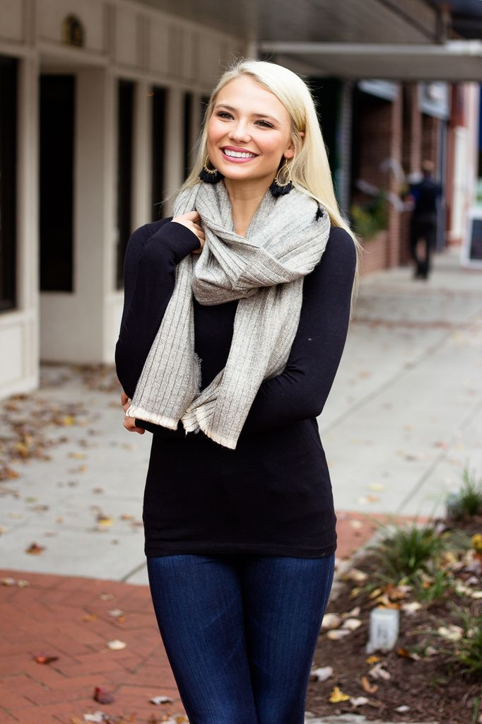 Ribbed Pattern Knit Blanket Scarf