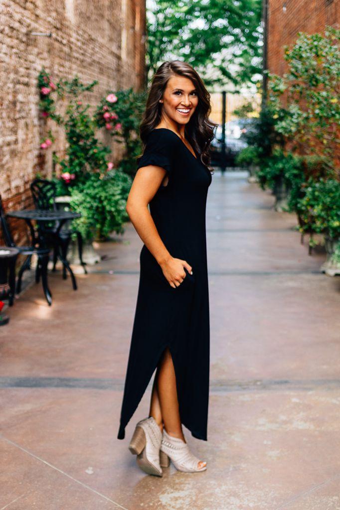 Karlie V-Neck Knot T-Shirt Pocket Maxi Dress