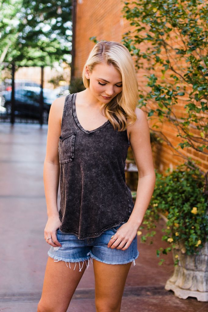 Z Supply The Washed Pocket Racer Tank