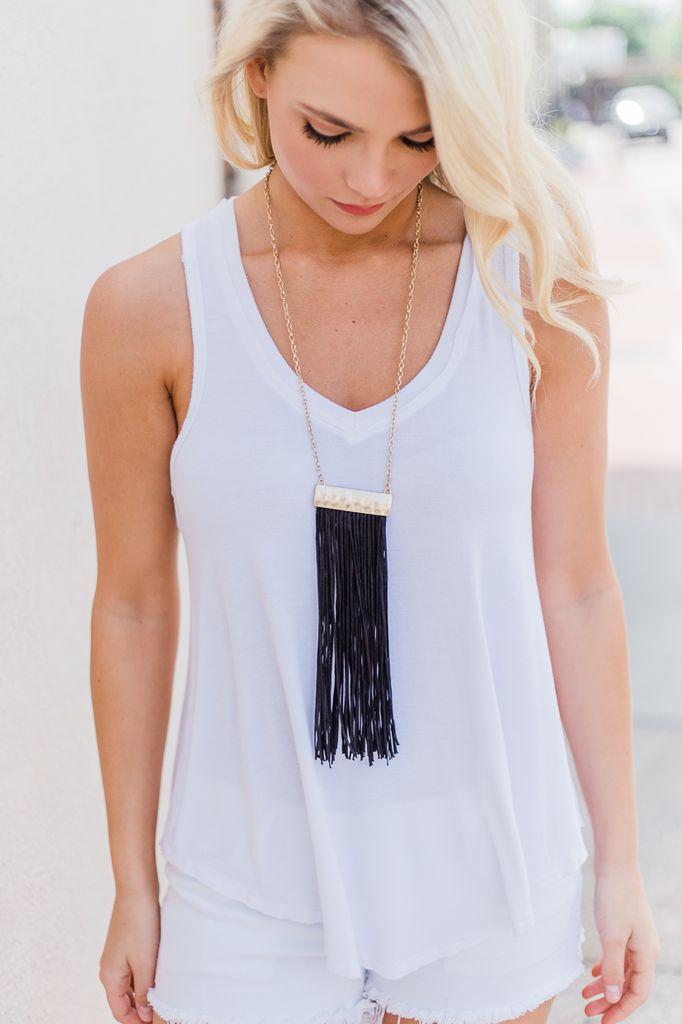 Thread Fringe Necklace