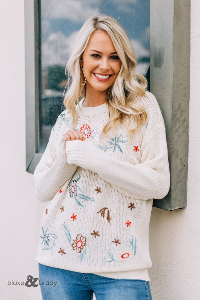 Embroidery Front Knitted Sweater