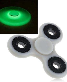 Fidget Fidget 3-Side Spinner Glow in the Dark