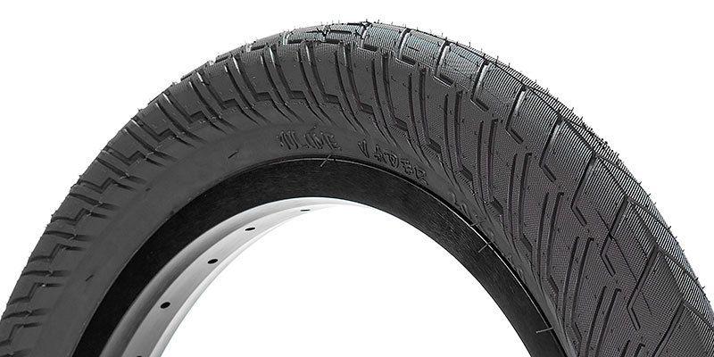 Volume Volume Vader Black Tires