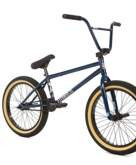 Fit 2018 Fit Spriet Navy Blue Complete Bike