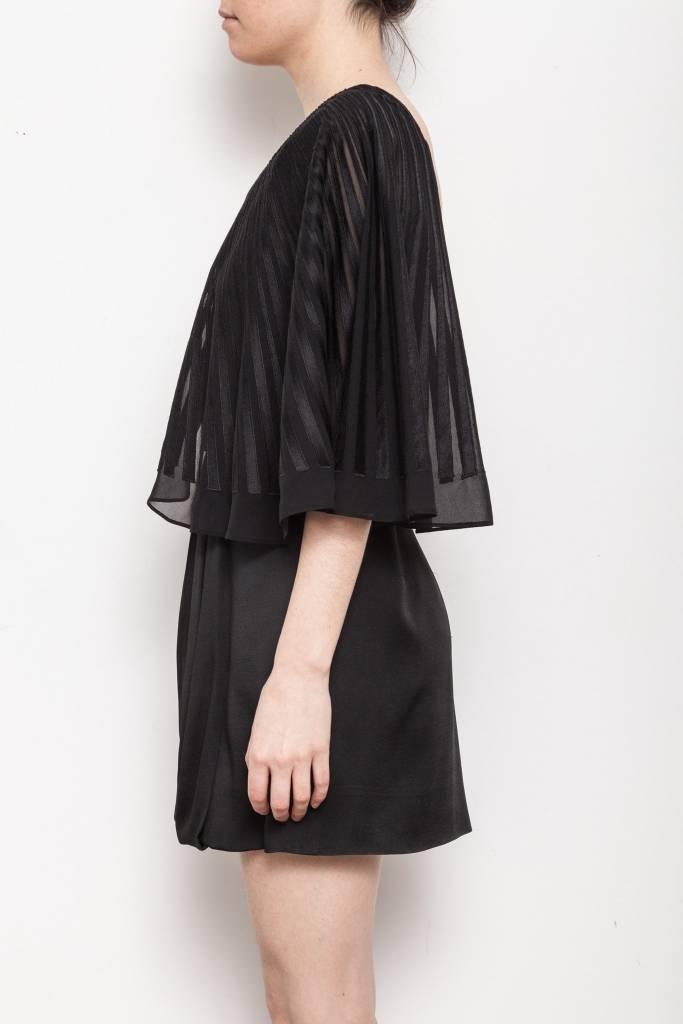 BCBG Max Azria Runway Solde - Robe noire de soie à manche chauve-souris