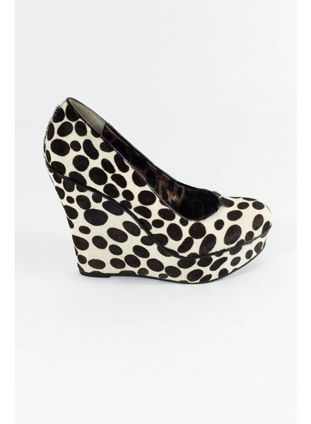 "Betsey Johnson SOLDE - ESCARPINS ""WEDGE"" IMPRIMÉ LÉOPARD"