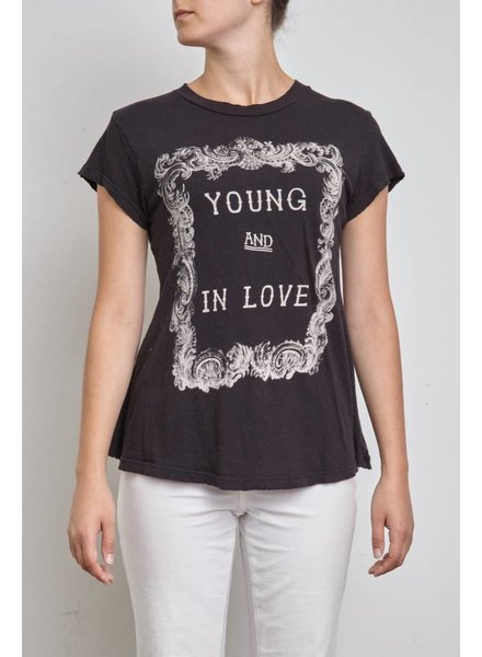 Wildfox T-SHIRT NOIR YOUNG AND IN LOVE