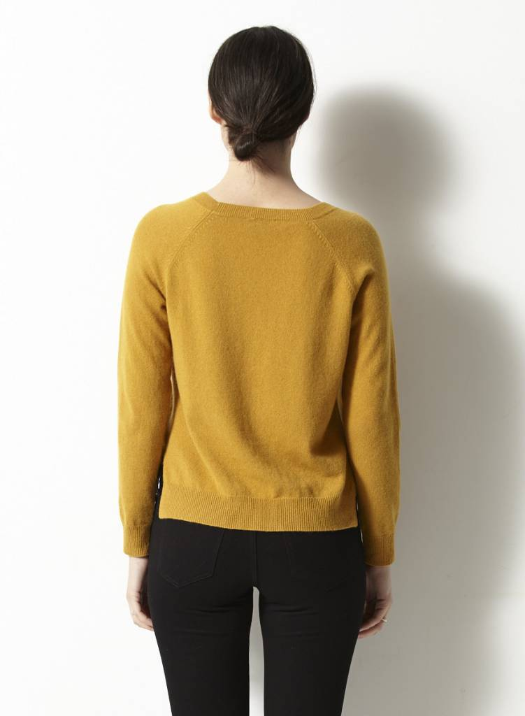 Theory Pull ocre en cachemire