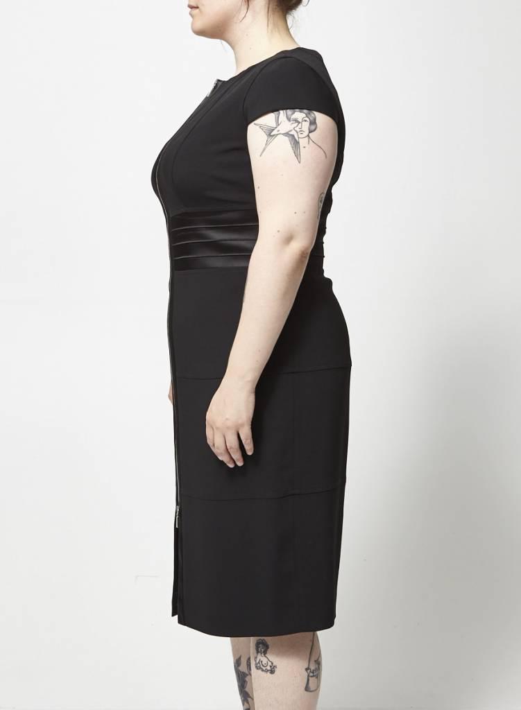 Joy Marly's Robe noire fermeture Éclair au devant
