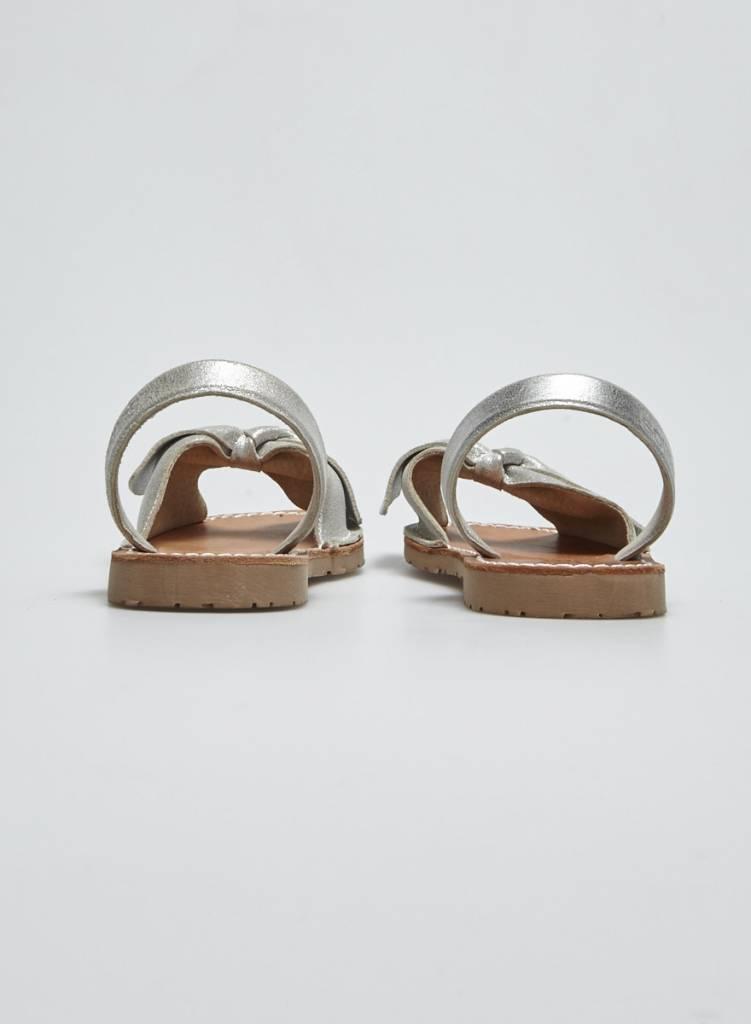 Solillas Sandales en cuir argentées à boucle - Neuves