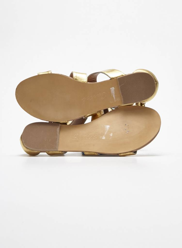 Cartel Sandales dorées en cuir à ganses larges - Neuves
