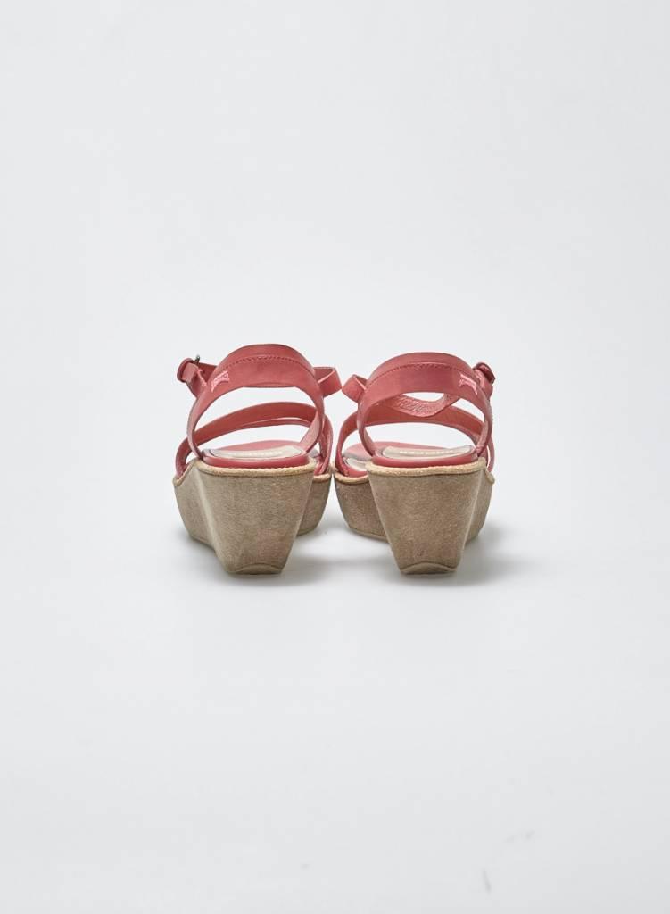 Camper Sandales en cuir rose à semelles compensées